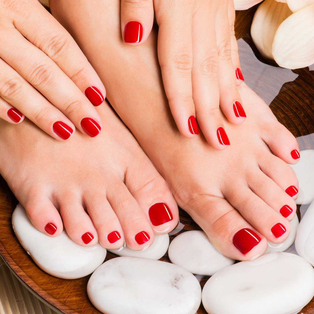 allure concept manicure pedicure 1 1100×1100
